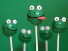 These would be great for my frog themed baby shower in February!