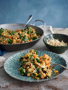 lammegryte Culinary Arts, Fried Rice, Food And Drink, Ethnic Recipes, Dinners, Easy, Bulgur, Dinner Parties, Food Dinners