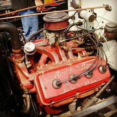 Dodge Red Ram - Man I know I'm getting old when I remember as young man seeing these engines still in older Vehicles - Friend in High School bought an old hearse and it had a 318 Hemi in it. Hemi Engine, Motor Engine, Truck Engine, Hemi Motor, Small Diesel Generator, Chrysler Hemi, Old American Cars, Performance Engines, Race Engines