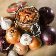 Hagymacsatni Chutney, Pesto, Gin, Garlic, Fruit, Vegetables, Food, Essen, Vegetable Recipes