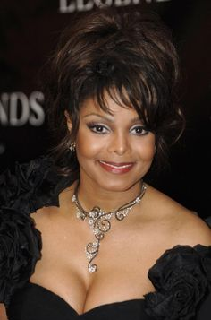 Janet Jackson arriving at the Legends Ball at the Bacara Resort in Santa Barbara, California. She was one of 80 people from both the entertainment and political worlds honoured by Oprah Winfrey. Jackson Family, Janet Jackson, Michael Jackson, Little River Band, Roberta Flack, The Jacksons, Aretha Franklin, Good Smile, Black Artists
