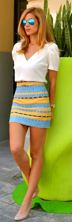 I like this outfit, but would change the print/colors of the skirt. ------------- Top Level Street Fashion 2015 - Summer Outfit With Tribal Skirt and White Crop Top. Sexy Rock, Look 2015, Tribal Skirts, Blouse And Skirt, Dress Skirt, Skirt Outfits, Ruffle Blouse, Sleeveless Blouse, Mode Inspiration