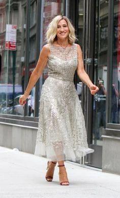 Sarah Jessica Parker lijkt weer wat meer op Carrie Bradshaw uit 'Sex and the City'