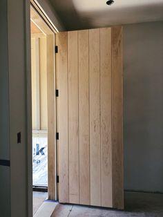 Scandinavian Interior Doors, Black Interior Doors, Front Door Design, Window Design, Reclaimed Doors, Oak Doors, Exterior Doors, Minimalist Home, Windows And Doors
