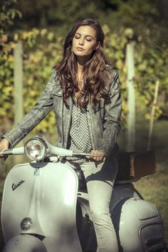 NILE Spring 2017 - Girl on White Leather Vintage Italian, Piaggio Vespa