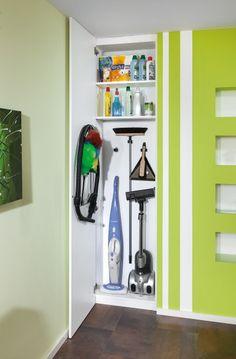 Nischen-Einbauschrank für Reinigungsmittel