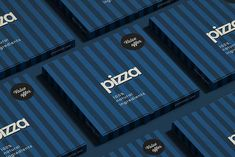 Pizza box is indeed useful to bring pizza safe and fresh-looking to their destinations. Here's a Free Pizza Box Mockup for your pizza box designs. Pizza Branding, Pizza Logo, Food Packaging Design, Brand Packaging, Pizza Box Design, Pizza Slider, Pizza Store, Pizza Burgers, Pizza Boxes