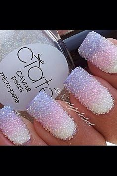Caviar Pearls fingernails white pink & purple design