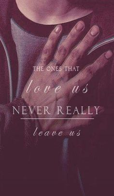 """The ones that love us never really leave us."" -Sirius Black One of my favourite quotes from Harry Potter. Harry Potter Sempre, Harry Potter Love, Harry Potter Imagines, Hogwarts, Slytherin Pride, Wallpaper Harry Potter, Mischief Managed, That's Love, Hermione"