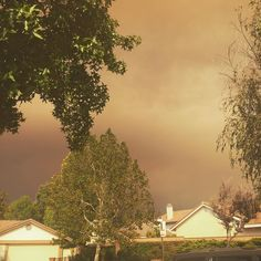 Ash is now falling from the sky. #sandfire