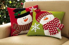 Set of 2 Holiday Snowman Accent Pillow Covers(Cojines Diy Ideas) Christmas Sewing, Felt Christmas, Christmas Stockings, Christmas Holidays, Christmas Applique, Christmas Projects, Christmas Crafts, Christmas Decorations, Christmas Ornaments