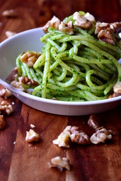 Spinach, Feta and Walnut Pesto - a delicious, autumnal pesto made with spinach, feta and toasted walnuts for a flavoursome and textured pesto.