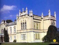 Martonvásári kastély