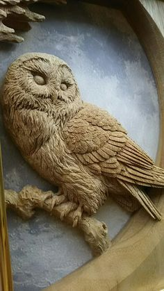 Embedded Wood Carving Faces, Dremel Wood Carving, Wood Carving Designs, Wood Carving Patterns, Wood Carving Art, Sculpture Clay, Sculptures, Wooden Owl, Chip Carving