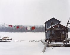 Alec Soth, Peter's Houseboat, Winona, Minnesota 2002