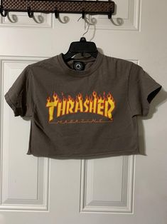 Excellent condition. Size: small See the pictures for the measurements. Thrasher, Pictures, T Shirt, Tops, Women, Fashion, Photos, Supreme T Shirt, Moda