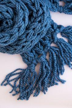 Arm Knit Tassel Scarf