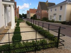 Beautiful, bespoke solid steel park fencing, gates & posts for East Anglia. Made by craftsmen, installed by experts. Sloped Front Yard, Front Yard Decor, Modern Front Yard, Front Yard Fence, Front Yards, Front Path, Boxwood Landscaping, Landscaping Along Fence, Modern Landscaping