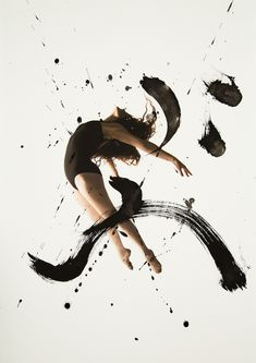 Combination of Ballet Dancers and Calligraphy Haley Friesen and San Francisco-based calligraphy artist Nobuhiro SatoHaley Friesen and San Francisco-based calligraphy artist Nobuhiro Sato Calligraphy Artist, Japanese Calligraphy, Arabic Calligraphy, Contemporary Dance, Modern Dance, Beautiful Series, Expressive Art, Ballet Photography, Dance Art