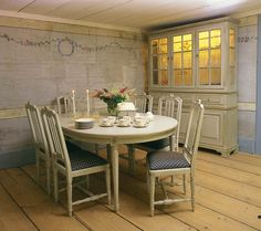 Mariedal matbord från Gustavianska Rummet hos ConfidentLiving.se