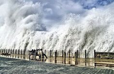 my lovely San Sebastian. Tornados, Bilbao, Wild Weather, Weather Storm, Water Walls, Basque Country, Sea Waves, Natural Disasters, Natural Phenomena