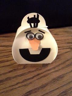 Curvy Keepsake Box Olaf