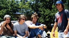"""On the set of """"Dazed and Confused"""", L to R: Rory Cochrane, Jason London, Sasha Jenson, writer/director Richard Linklater. High School Cliques, Dazed And Confused Movie, Jason London, Minions, Rory Cochrane, New Beverly Cinema, Hey Man, Great Movies, Amazing Movies"""