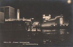 Zeitungstrasse bei Abendbeleuchtung auf der Pressa, Köln (The Newspaper Street at Nighttime at the Pressa Exhibition, Cologne), 1927-28