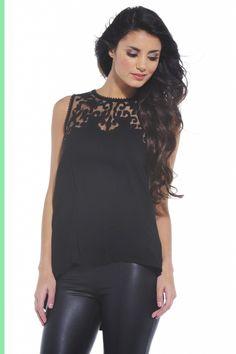 crochet lace top | click image to see top at shopmodmint.com