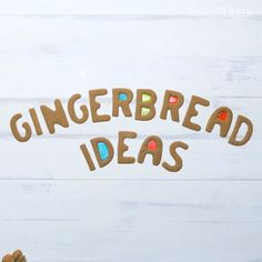 Gingerbread House Decoration Ideas - Bring some Christmas magic to your home with a classic holiday tradition—gingerbread houses! Christmas Gingerbread House, Diy Christmas Tree, Christmas Goodies, Christmas Treats, Christmas Baking, Holiday Treats, Gingerbread Houses, Xmas, Vegan Gingerbread Cookies