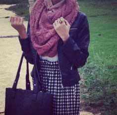 Black, white and a kind of pinkish colour idk. #hijab #fashion #inspiration