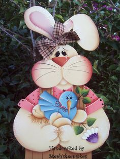 Bloomin' Spring bunny hanger, Wooden Boy Easter Bunny,Holiday, Welcome… Cute Crafts, Crafts For Kids, Rabbit Crafts, Summer Painting, Country Paintings, Country Crafts, Easter Holidays, Christmas Wood, Tole Painting