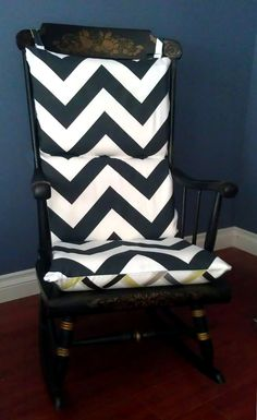 Reversible Rocking Chair Cushion- Chevron Trellis