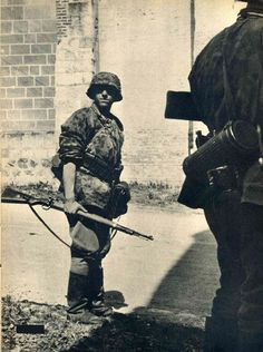 Waffen 1'st  SS Division LSSAH taking part in the fast conquest of France,1940