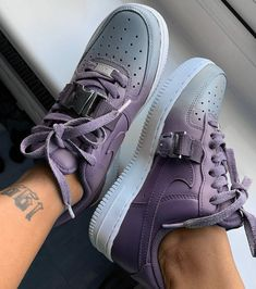 reputable site 66750 3f50e 𝙿𝚒𝚗𝚝𝚎𝚛𝚎𝚜𝚝    𝙺𝚜𝚕𝚊𝚢𝚗𝚗𝚗 💓 Custom Sneakers, Sneakers Nike, Nike  Air Force, Sneaker