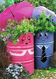 Garden idea - great idea for that tired old drum in the back yard!