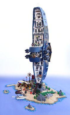 Lego Spaceship, Spaceship Concept, Lego Skyscraper, Lego Pirate Ship, Best Lego Sets, Micro Lego, Amazing Lego Creations, Lego Construction, Lego Room