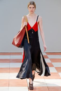 http://www.style.com/slideshows/fashion-shows/fall-2015-ready-to-wear/celine/collection/32