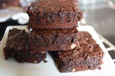 Simple Fudge Cocoa Brownie Recipe   Free Delicious Italian Recipes   Simple Easy Recipes Online   Dessert Recipes