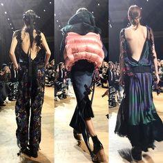 #인스타일live_pfw 앞태만큼이나 #뒤태 가 예술적인 #사카이 ! 이런 반전 매력을 놓치면 아깝겠죠? -editor PHM #sacai #2017fw #pfw #instylekorea via INSTYLE KOREA MAGAZINE OFFICIAL INSTAGRAM - Fashion Campaigns Haute Couture Advertising Editorial Photography Magazine Cover Designs Supermodels Runway Models