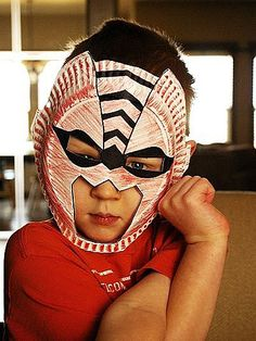 Paper Plate Animal Masks. Easy crafts for kids to do on their own. http://www.ivillage.com/craft-ideas-do-your-boy/6-a-529140#