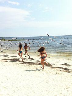 #BeFree to run on the beach