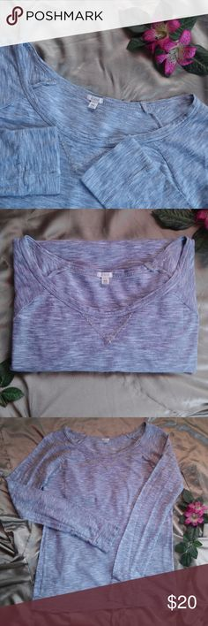 J. Crew Heathered Raglan Tee Grey Long Sleeve Size XS. Sold Out. Reasonable Offers Accepted. If you have any questions please leave a comment :) Grey Long Sleeve Tee. J. Crew Tops Tees - Long Sleeve