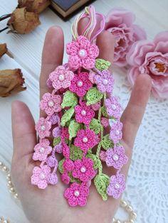 Breathtaking Crochet So You Can Comprehend Patterns Ideas. Stupefying Crochet So You Can Comprehend Patterns Ideas. Crochet Simple, Crochet Diy, Crochet Motifs, Unique Crochet, Crochet Gifts, Crochet Doilies, Beginner Crochet, Crochet Diagram, Crochet Puff Flower