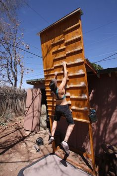 Campus Training for Climbing Backyard Gym, Backyard Obstacle Course, Kids Obstacle Course, Backyard Playset, American Ninja Warrior, Ninja Warrior Course, Home Climbing Wall, Rock Climbing, Parkour Gym