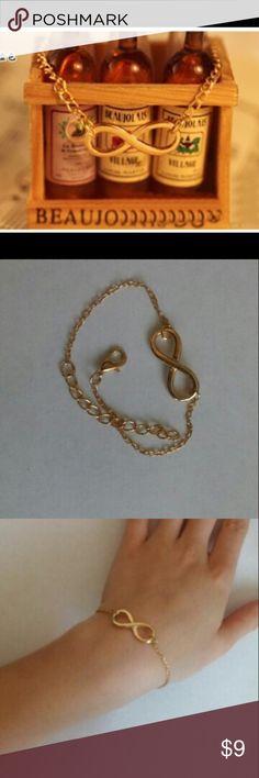 Gold Infinity Bracelet Gold chain bracelet with infinity symbol. Brand new. Adjustable. Jewelry Bracelets