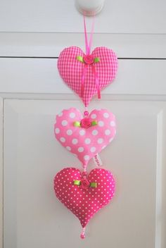 hartjesslinger pink / roze   Helaas... verkocht   Bogaja design  <3