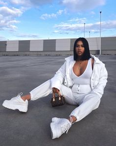 club Wood Working Mode Site - My Life ceaft Pinliy Trendy Outfits, Cute Outfits, Fashion Outfits, Womens Fashion, Fashion Trends, Fashion Killa, Look Fashion, Cheap Fashion, Affordable Fashion