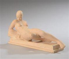 Ipsens Enke  To figurer af terracotta, Jeanne d'Arc på fodstykke af sort terracotta nr  551 og 380, samt Solbad af lys terracotta nr. 932. H. 30,5 cm. H. 11 cm.  (2).