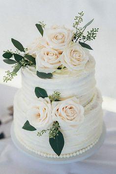 green blush and white wedding cake ideas